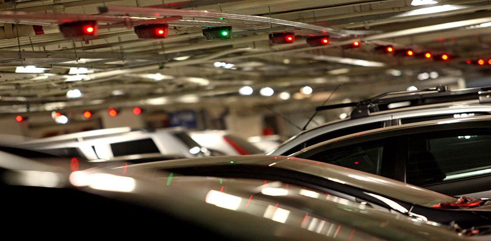 Imagem de Um Estacionamento